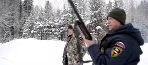 Видео: Сергей Левченко убивает медведя